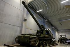 Artillerikanonvagn 151 at Arsenalen Strängnäs (S)