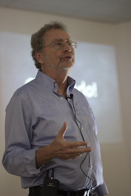 Hora da Ciência - O valor da Ciência com Luiz Davidovich