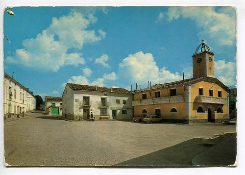 Tragacete(Cuenca) : Plaza del Ayuntamiento
