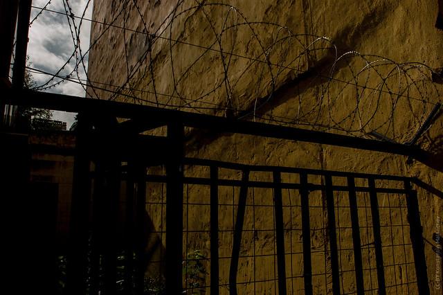 Dark Side of St, Nikon D50, AF Nikkor 20mm f/2.8D
