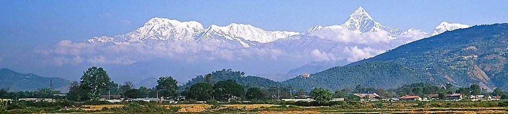 Annapurna-Gruppe von Süden/Pokhara mit Annapurna-Süd, Machapuchare und Annapurna 2. Foto: Archiv Härter.