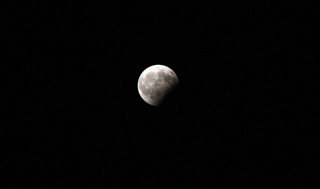 La Luna, Canon EOS 450D, Canon EF-S 18-200mm f/3.5-5.6 IS