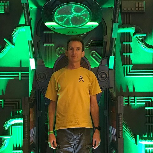 Still need a bit more time in the regeneration chamber after my short visit to Star Trek Las Vegas. . . . . #startrek #borg #regenerate #rest #stlv