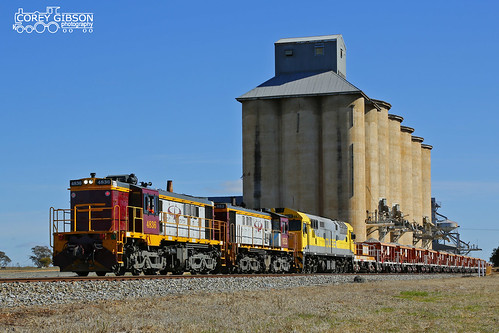 After loading the Ballast wagons at Mirrool siding, 4836, 852 & 8030 set out to dump their load.