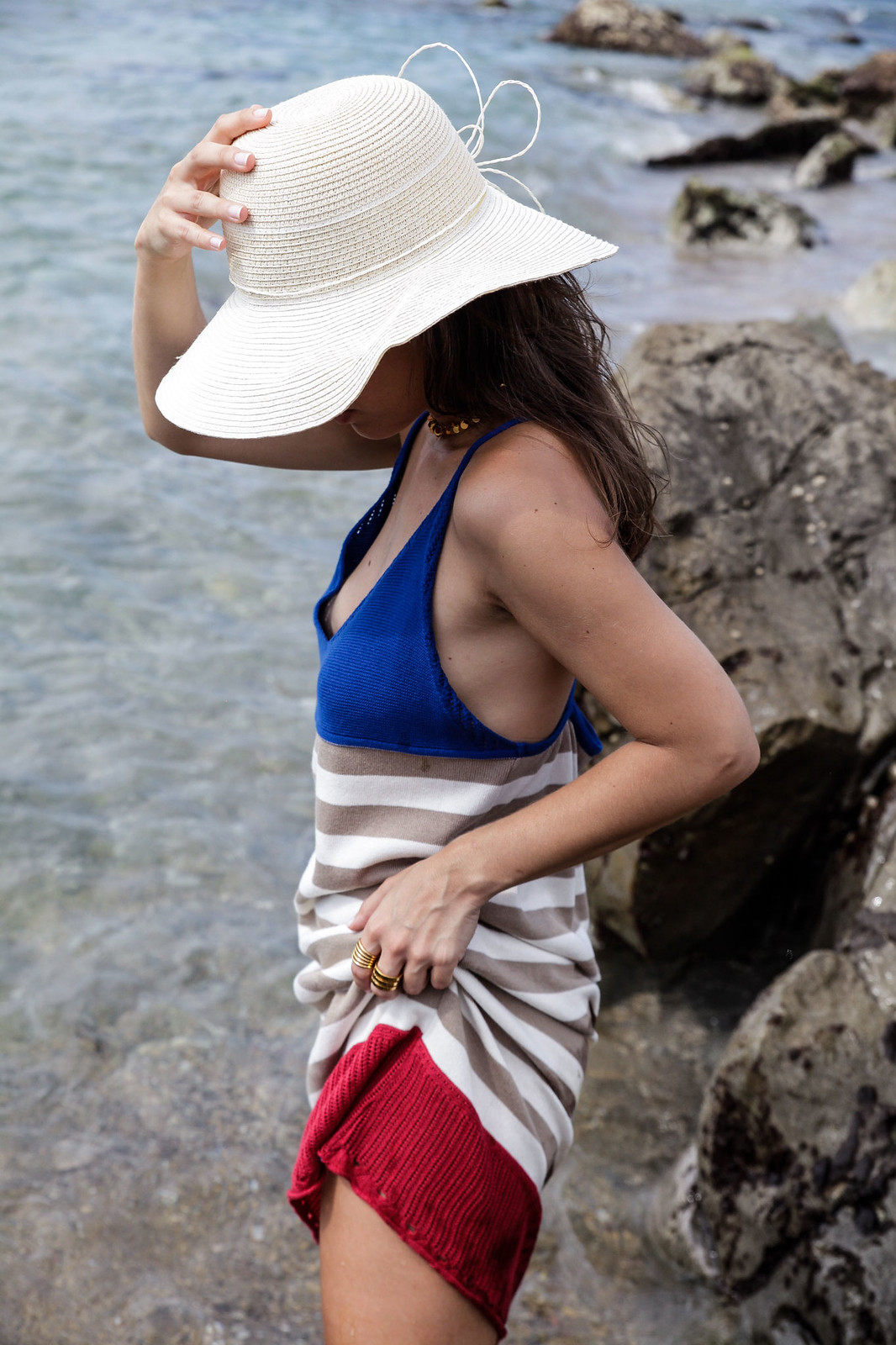 06_vestido_de_punto_rayas_rüga_coleccion_verano_the_guest_girl_ambassador_theguestgirl_barcelona_spain_cubelles_cala_secreta_sitges_influencer_moda_fashion_boho_