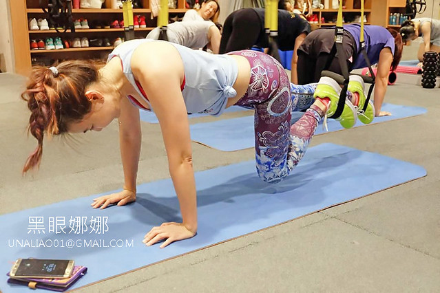 BeeFit蜂运动在南京复兴站的小班制健身房,有全球都在疯的热门运动TRX教学&壶铃训练课程!让上班族想减肥变成好体态的健人。