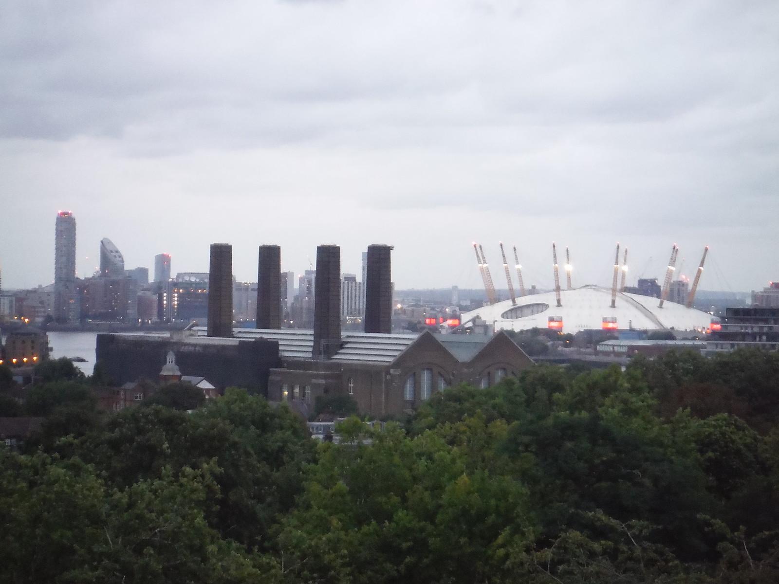 Greenwich Park: View of (Millenium-) Dome SWC Short Walk 12 - Greenwich Park