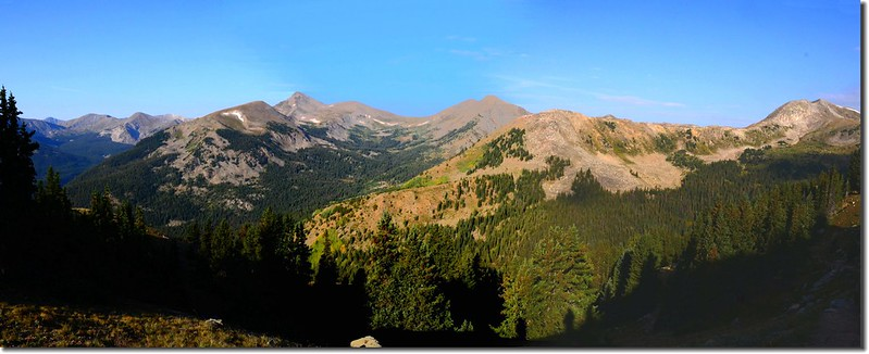 Looking Southwest from the trail near treeline(12,100' ) 1