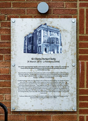 Photo of White plaque number 43782