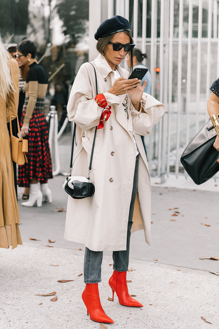 Paris fashion week street style trend style outfit 2017 accessories PFW11