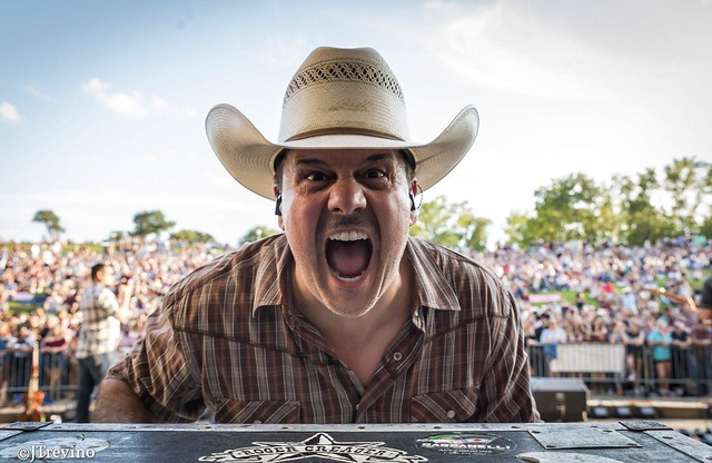 Roger Creager (3)