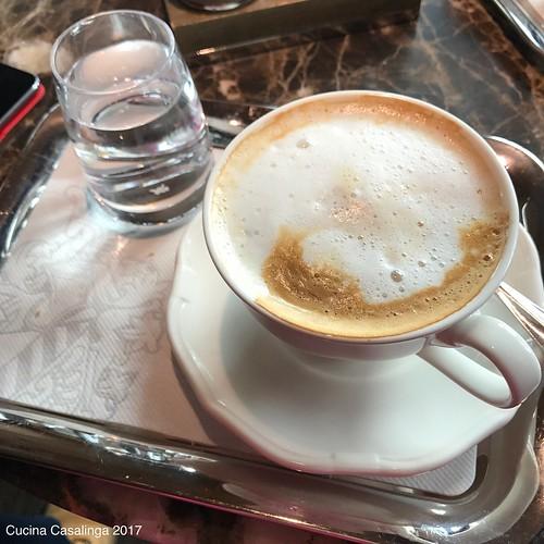 12von12 - Kaffee