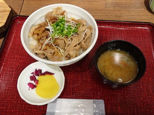 上野駅ランチ