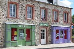 Courcy : commerce en couleur - Photo of Guéhébert
