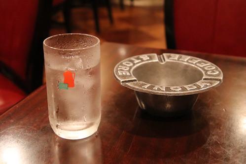 イノダコーヒ 四条支店 コップと灰皿