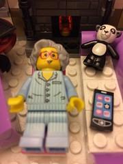 LegoMe sleeps in Lounge