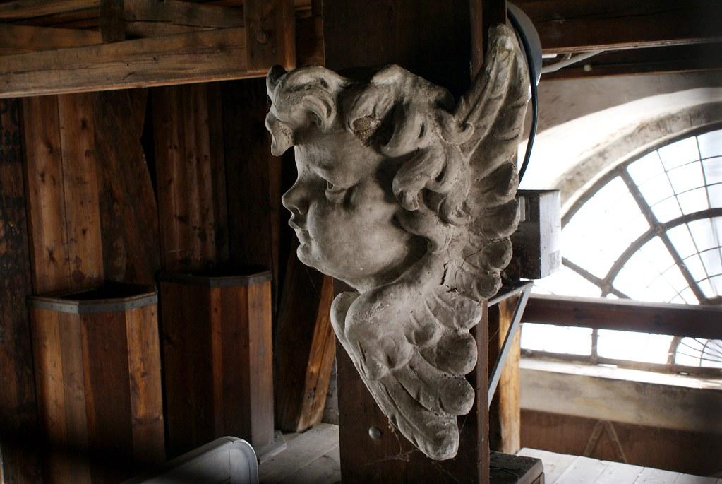 Sculpture d'ange visible lors de l'ascension du clocher de l'église Saint Sauveur de Copenhague.