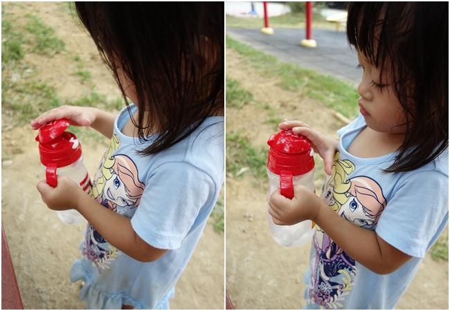 【ViVibaby】迪士尼款彈跳水杯-米奇 330ml (8).jpg
