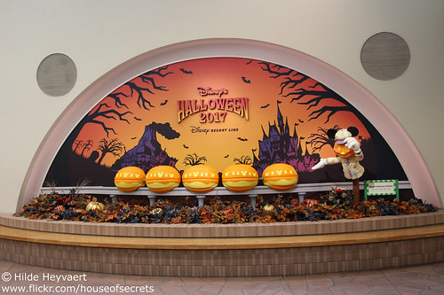 Halloween at the monorail station