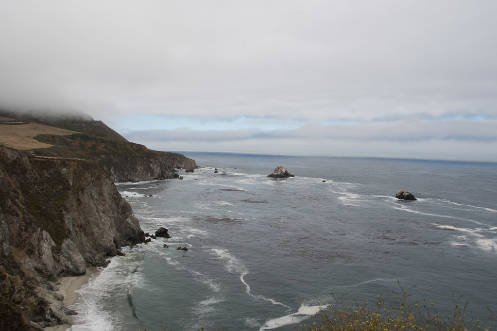 Views of coast line near Bixby Creek Bridge
