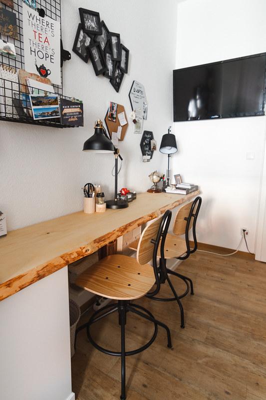 Langer Schreibtisch Holzbohle für kleine Zimmer Home Office