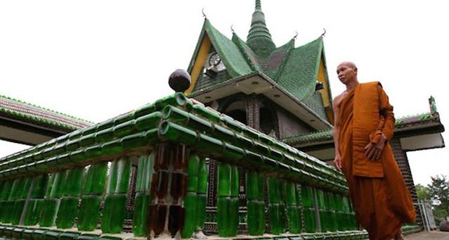 Wat-Pa-Maha-Chedi-Kaew