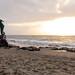 La Playa De Los Muertos por Robert E. Adams