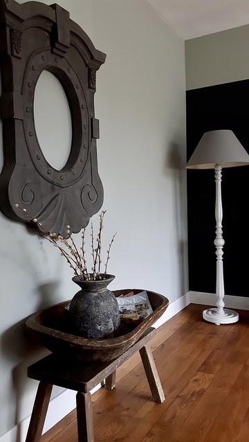 Tafeltje houten trog l'oeil de boeuf spiegel