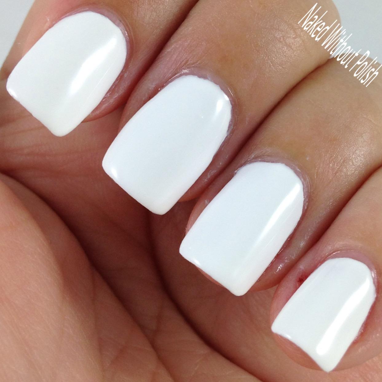 Essie-Preen-Me-Blanc-5
