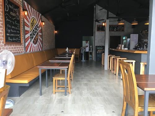 今日のサムイ島 8月4日 シートランディスカバリーピア前レストラン – Bootlegger
