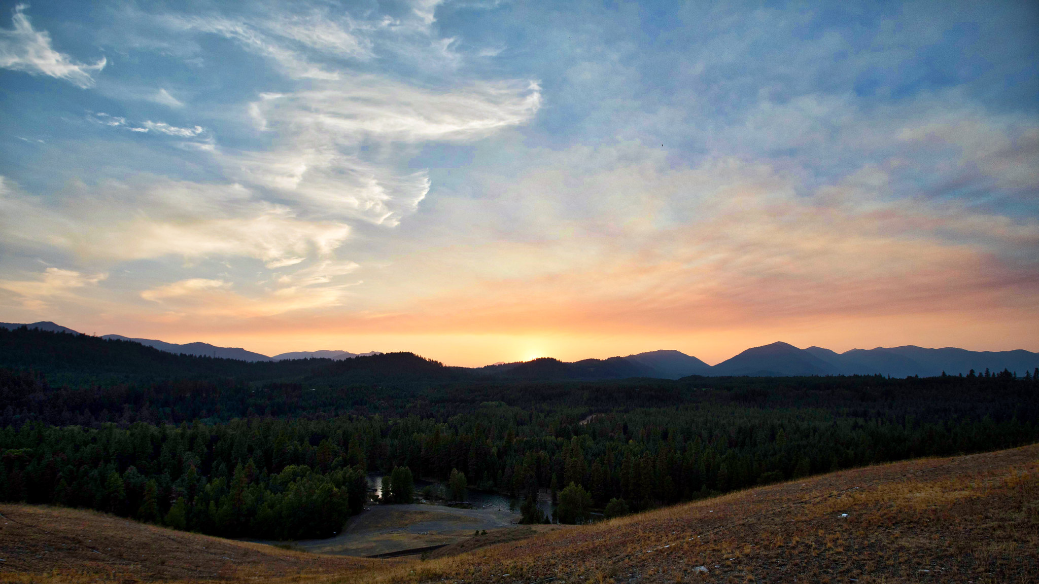 Sunset in Suncadia by Brandon Bohling