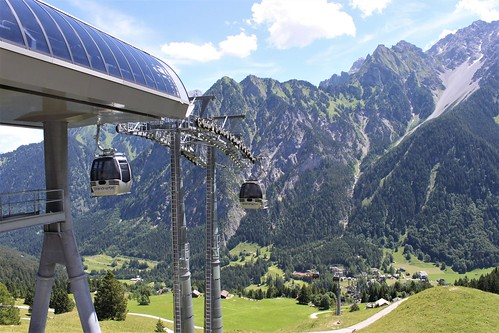 cable car to Alpe Parpfienz in Brand