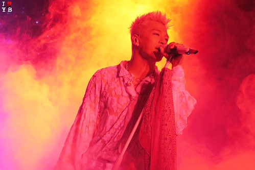 Taeyang WHITE NIGHT in San Jose 2017-09-10 (1)