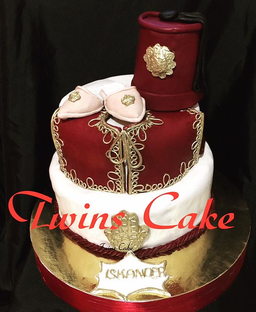 Lovely Cake by Twins Cake