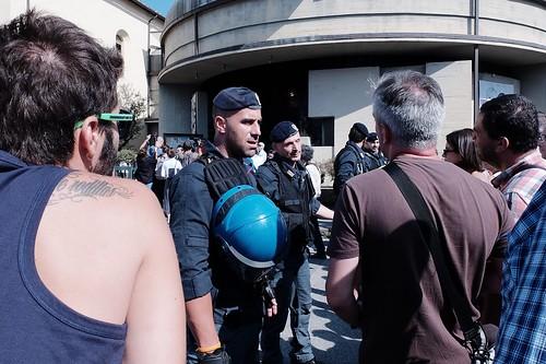 Caso Don Biancalani, assedio a VicoFaro