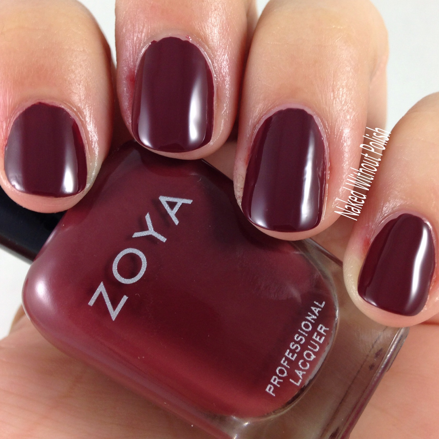 Zoya-Mona-4