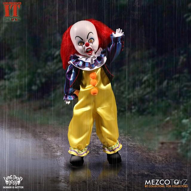 你不想要來顆氣球嗎? MEZCO 活死人娃娃【牠(1990)跳舞小丑潘尼懷斯】Living Dead Dolls IT 1990: Pennywise