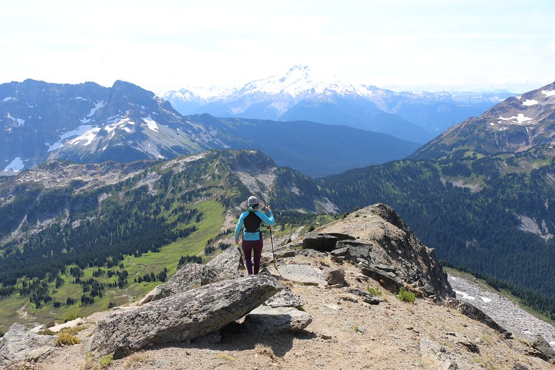 Descending the southwest ridge of Cloudy Peak with Glacier Peak in the distance