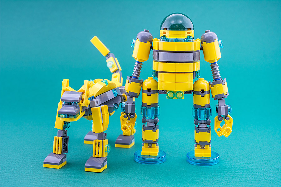 Are robot dogs robot best friends? (custom built Lego model)