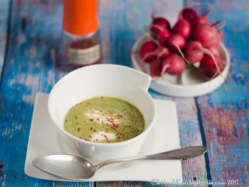 Feine Suppe vom Radieschengrün-2