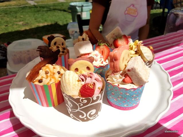 Panda cupcakes and cookies