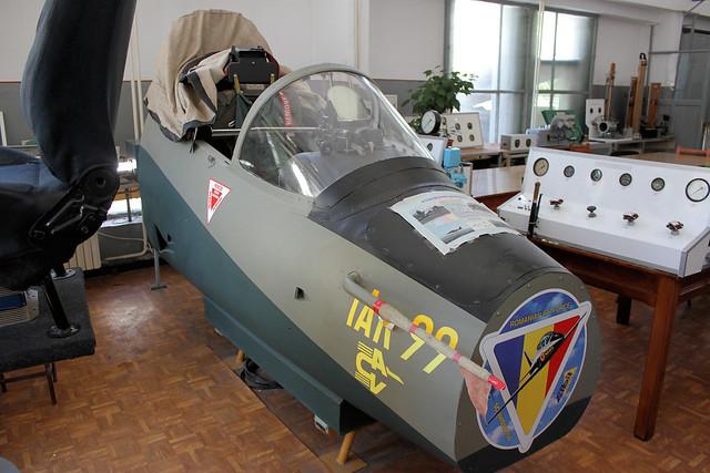 IAR-99 Cockpit