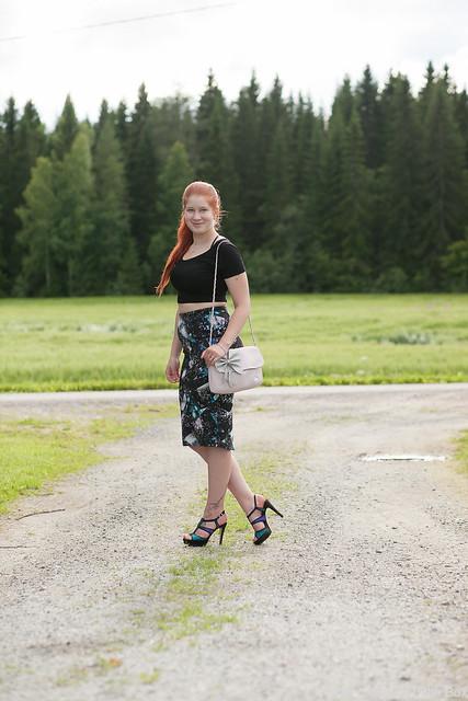 OOTD Outfit Cobblerina Marks & Spencer Midihame Strassikengät Luciano Barachini highheels shoes blogger finnish blogger tyyliblogi muoti päivän asu blogi lifestyle