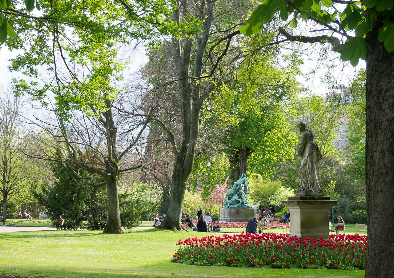 Luxembourgin puisto Pariisi, kevät