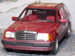 Mercedes Benz 320 TE - Minichamps