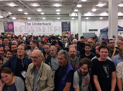 Queue for American casks at Great BRITISH Beer Festival