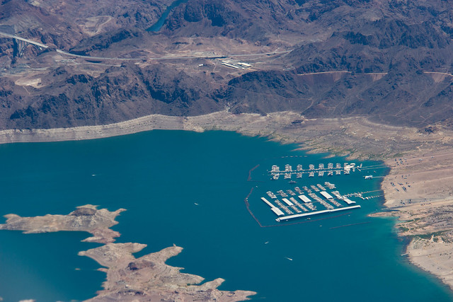 Lake Mead Marina, Canon EOS 600D, Canon EF-S 18-200mm f/3.5-5.6 IS