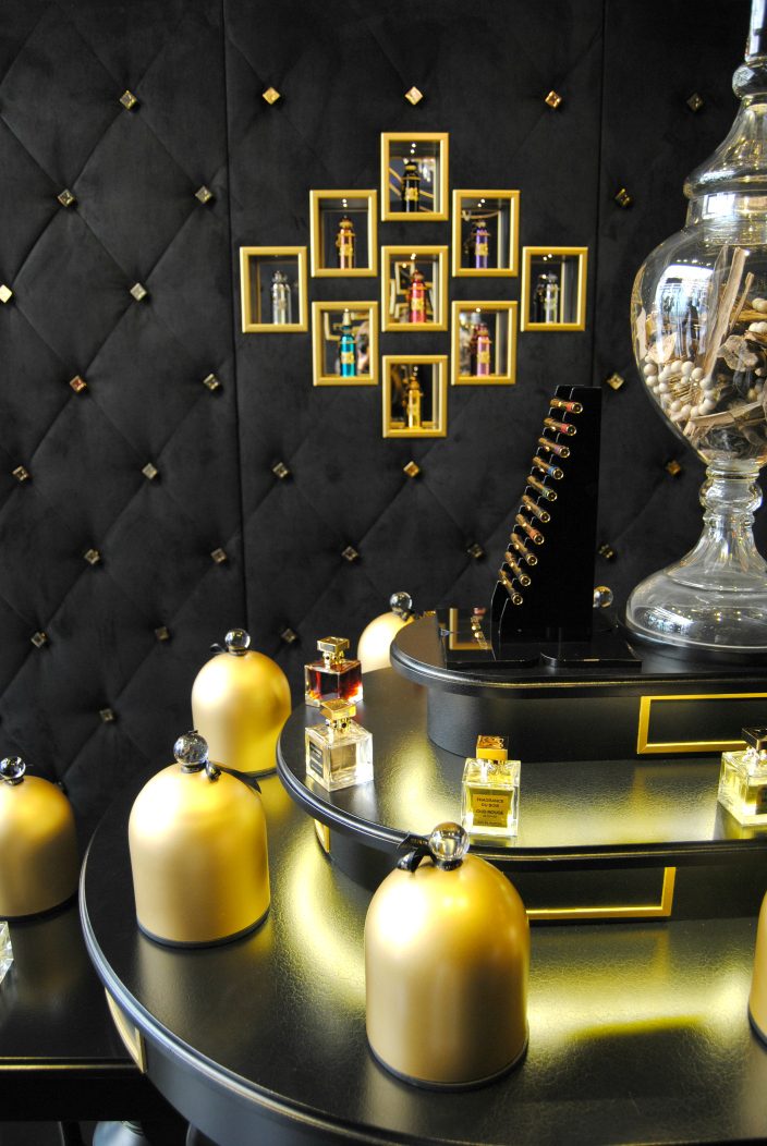 Fragrance du Bois Geneva (002b)