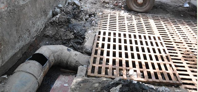 death-of-two-in-sewer