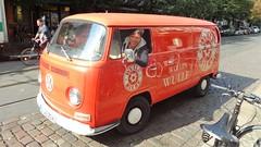 1970 Bulli genannter Kleinbus Typ2 T2 von Volkswagen Weinbergsweg in 10119 Berlin-Mitte